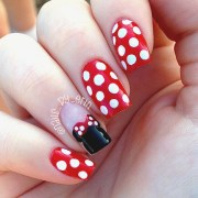 minnie mouse nails nail art