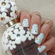 marc jacobs daisy dream nails nail