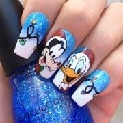 goofy & donald christmas nail art