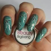 green marble nails nail art