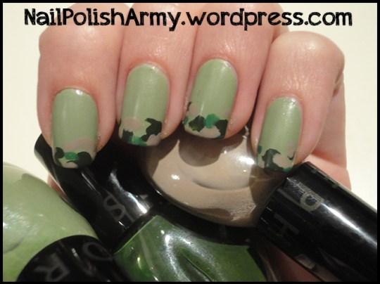 nail-art-green-camo-mimetico-matte-finisher-elf