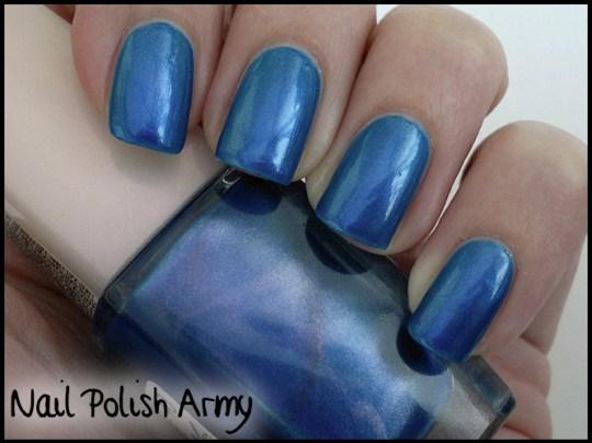 Golden Rose Chameleon Effect 40, blue purple duochrome (swatch)