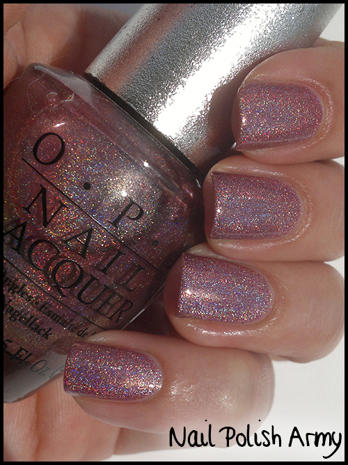 OPI Designer Series DS 019 Passion, pink linear holo