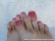 glitter toe nails - rabbit