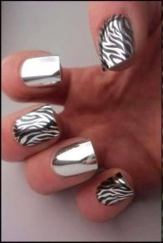 chrome nails nails10