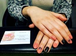 natural-and-black-nails-with-nail-art