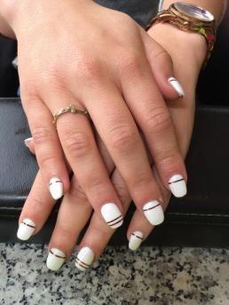 nail-salon-mb-artificial-nails