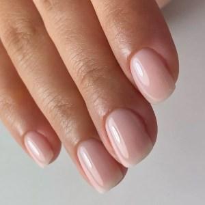 Natural nail color polish on short nails