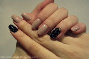 black pearly accent nails