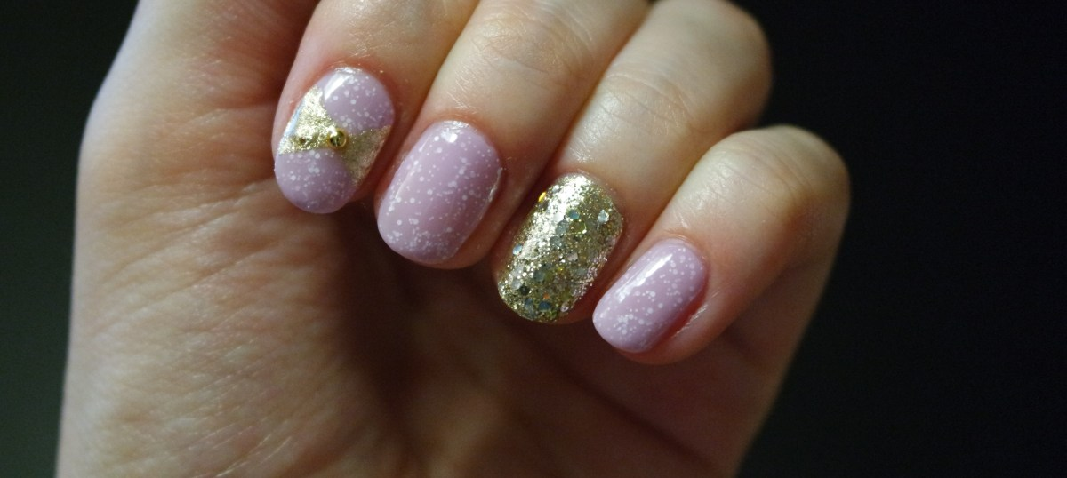 Cute Lilac and Gold Nail Art  Nails at Home