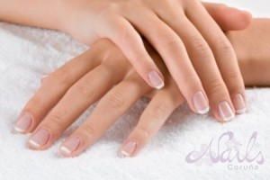 Manicura francesa natural Nails Coruña