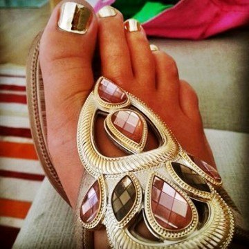 pedicura-minx-gold-dorado-nails-coruna