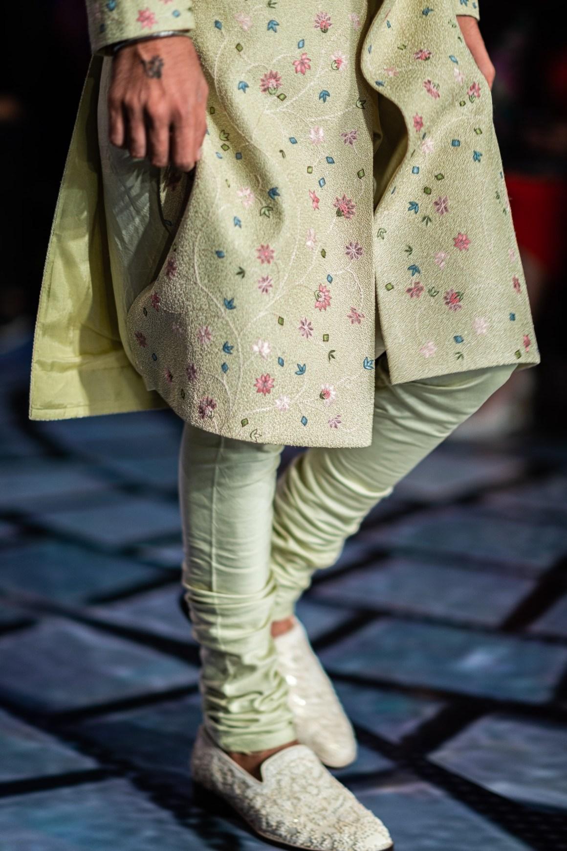 naina.co, naina redhu, rahul mishra, india couture week 2019, couture week, FDCI, taj palace new delhi, taj palace, indian couture, made in india, madeinindia, make in india, makeinindia, eyesforfashion, nainaxrahulmishra, fashion week, fashion show, runway, photography client, photography assignment, fashion photography, runway photography, malhausi, monaco, embroidery, french knots, divya mishra