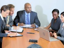 7 kinds of people you find in every Nigerian office