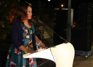 Susan Okoh, Head, Diamond Woman giving her speech after receiving an award for 'Women's Market Chapion'on behalf of Diamond Bank Plc at the Global Banking Alliance for Women awards held in Jordan recently.
