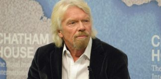 Richard Branson teaches best ways to become a good business leader