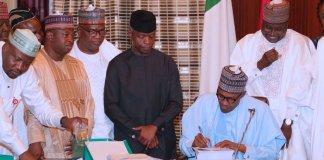 Buhari signs N8.91 trillion 2019 Budget into law