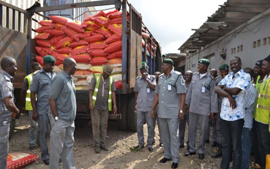 Trade: Customs ban imports and exports via land borders