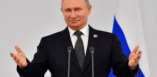 "In Sochi, Vladimir Putin has proposed a ""unique"" economic assistance to Africa"