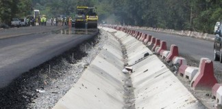 FG announces opening date for Lagos-Ibadan road diversions