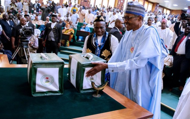 Buhari presenting the budget to NASS, 2020 Budget: An end to Nigeria's budget cycle conundrum?