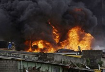 Balogun Market currently on fire, five buildings, goods already engulfed by fire