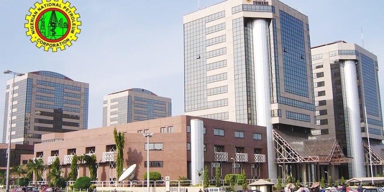 NNPC Towers, Abuja, Glencore- NNPC scandal: Ex-Trader paid $300,000 bribe to government official's election campaign