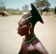Portrait d'une femme Mangbetu en R?publique d?mocratique du Congo. (Photo by Michel HUET/Gamma-Rapho via Getty Images)MICHEL HUET