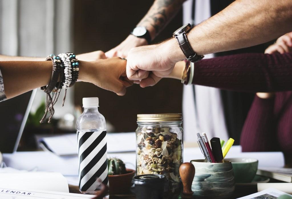 Les blogueurs font équipe, au service de leurs lecteurs :-)
