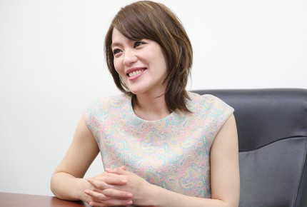 元SPEED今井絵理子「今の日本はプチ戦争賛成!」発言に批判殺到