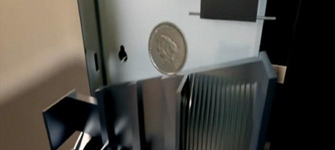 自動販売機はどうやって「偽の硬貨」を判別しているのか?
