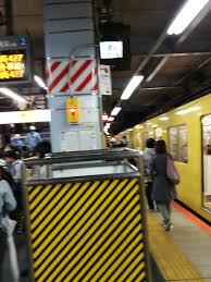 西武池袋線 大泉学園駅で人身事故 帰宅ラッシュで大混雑
