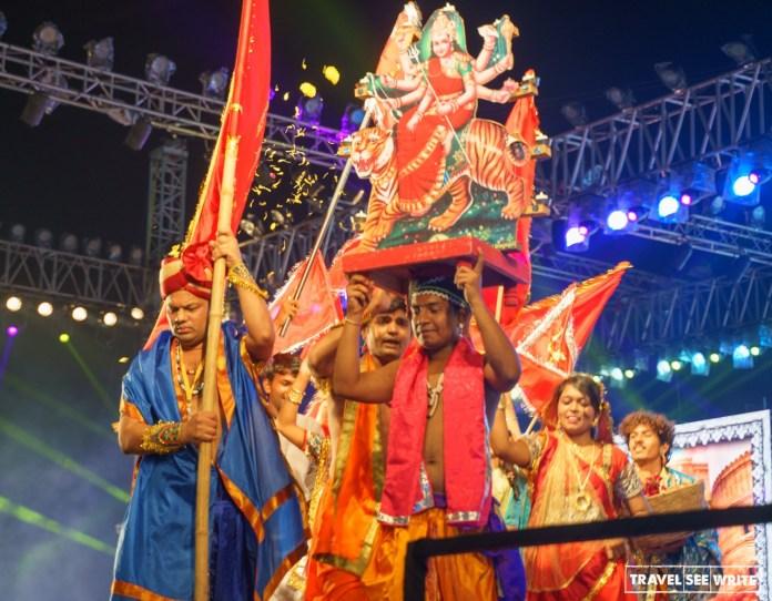নবরাত্রি থেকেই খুলে যাচ্ছে মহারাষ্ট্রের সব ধর্মীয় স্থান, সিদ্ধান্ত উদ্ধব সরকারের