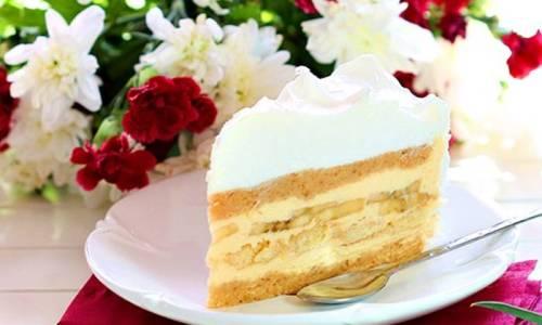 NEPEČENA TORTA S BANANAMA: Super recept za fantastičan brzi desert