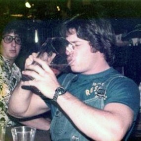 gente-bebiendo