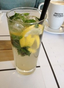 Lemoniada i logo bistro