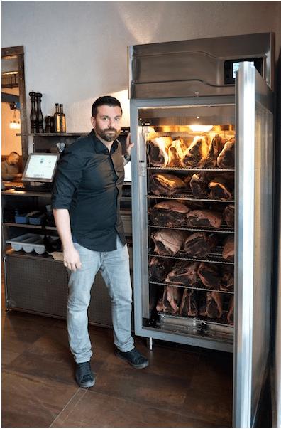 Ed Rek Kraków - chłodnia do dojrzewania mięsa, zdjęcie - foodandfriends.pl