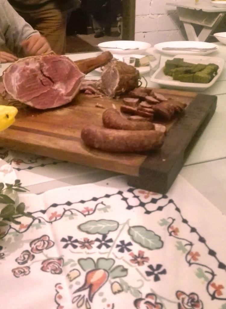 Jagnięcina - turystyka kulinarna Niech Cię Zakole - wędliny z jagnięciny