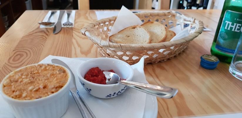 Restauracja U Madziara Warszawa - czekadełko - smalec z pastą paprykową