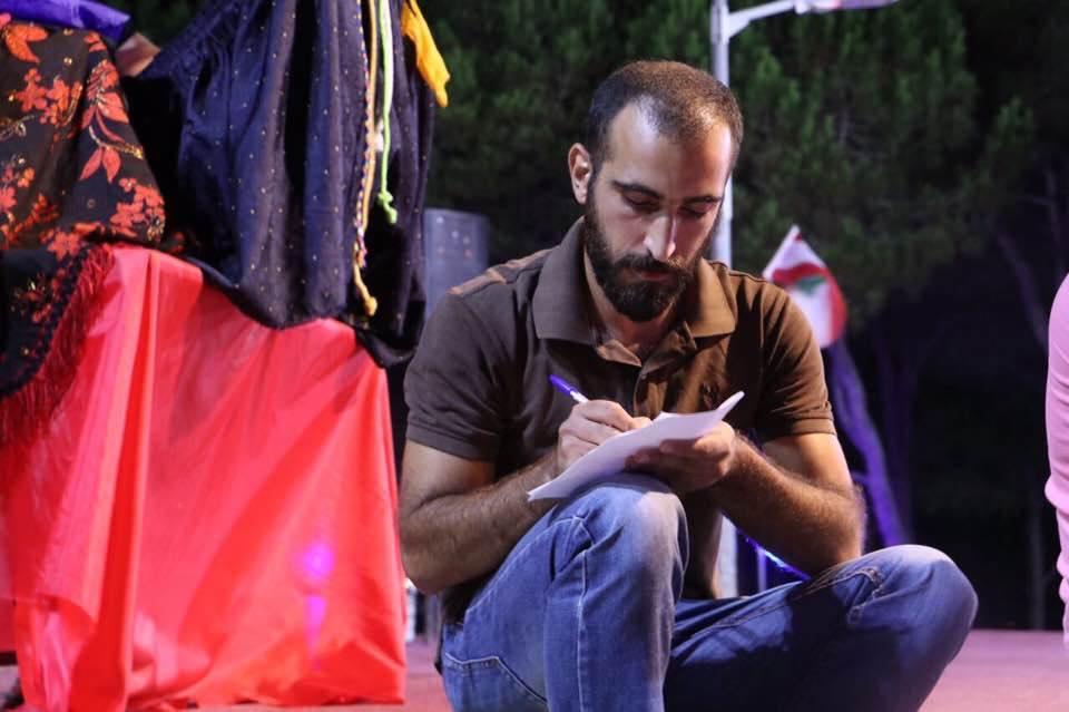 المجلة | الصحافيون الأجانب… ضحايا انهيار لبنان المالي