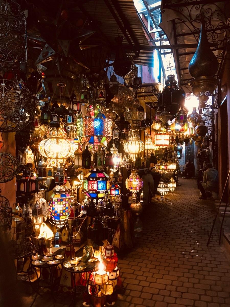 世界遺産  モロッコ マラケシュのメディナ観光