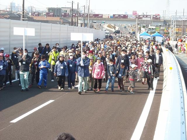 東播磨道開通 (42)