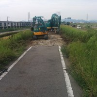 加古川河川敷自転車道 舗装