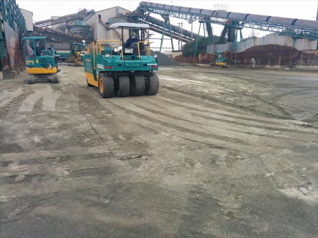 天川工場内舗装 (2)