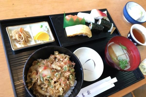 寿美家で寿司・かき揚げ丼セット(980円)を食らう