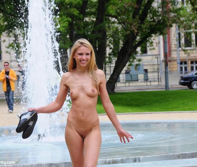 Naked Girls Public Movie  C2 B7 Sexy Teen Orgy Free Video