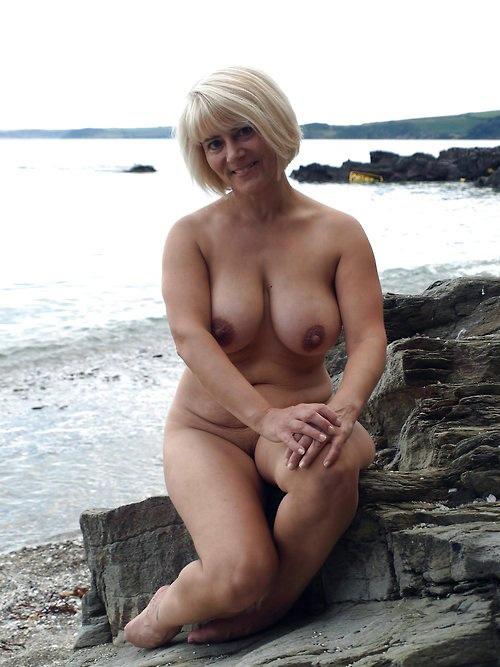 curvy girls nude tumblr
