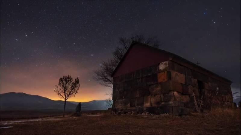 Таймлапс: природа Армении под ночным небом