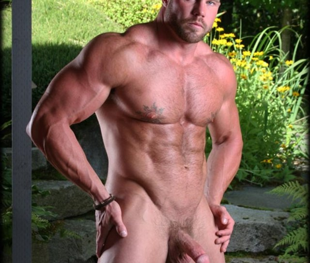 Gay Muscular Men Naked