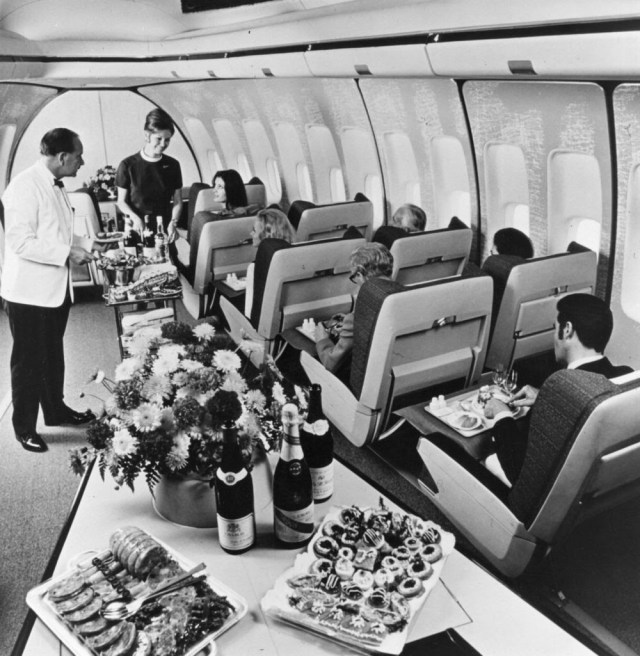golden-age-air-travel-table